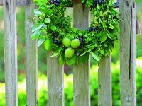 Věnec s plody léta