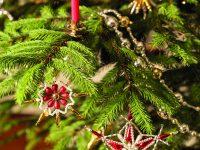 Perlařství – Vánoční ozdoby z Poniklé jsou českým unikátem
