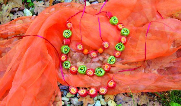 Náhrdelníky z květu květu tykve