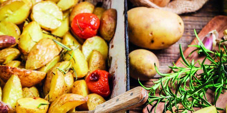 Oblíbená jídla z brambor – opečte je v pekáčku