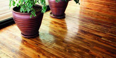 Jak oživit dřevěnou podlahu