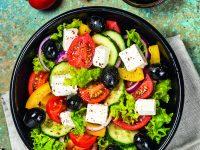 Velké zeleninové saláty