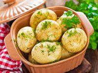 Jedinečné potěšení z mladých brambor