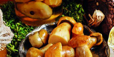 Marinované houby s česnekem