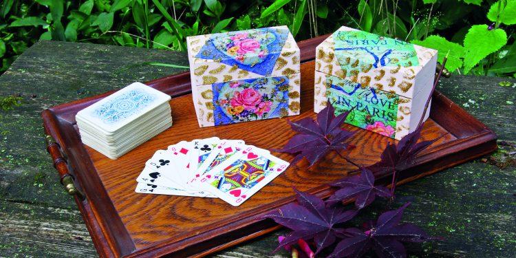  Krabičky na karty